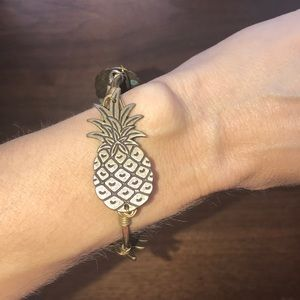 Bourbon & Boweties pineapple bracelet